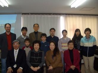 福岡に残っている人たちが集いました。今年はニュー フェースが4人。