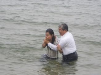 海水の冷たさが身にしみました。それもまた恵み。